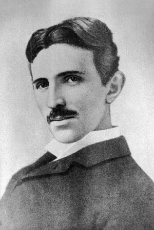 Никола Тесла родился в 1856 году в семье ...
