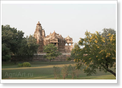 Photo-landscapes: Nature. The Chitragupta Temple. Khajuraho, India. C. 1000 AD. Fine art postcard A6