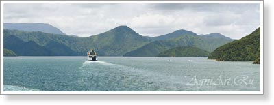 New Zealand. Queen Charlotte Sound. Poster B2+ (33x95 cm)